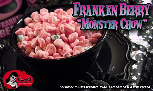 Frankenberry Monster Chow | The Homicidal Homemaker